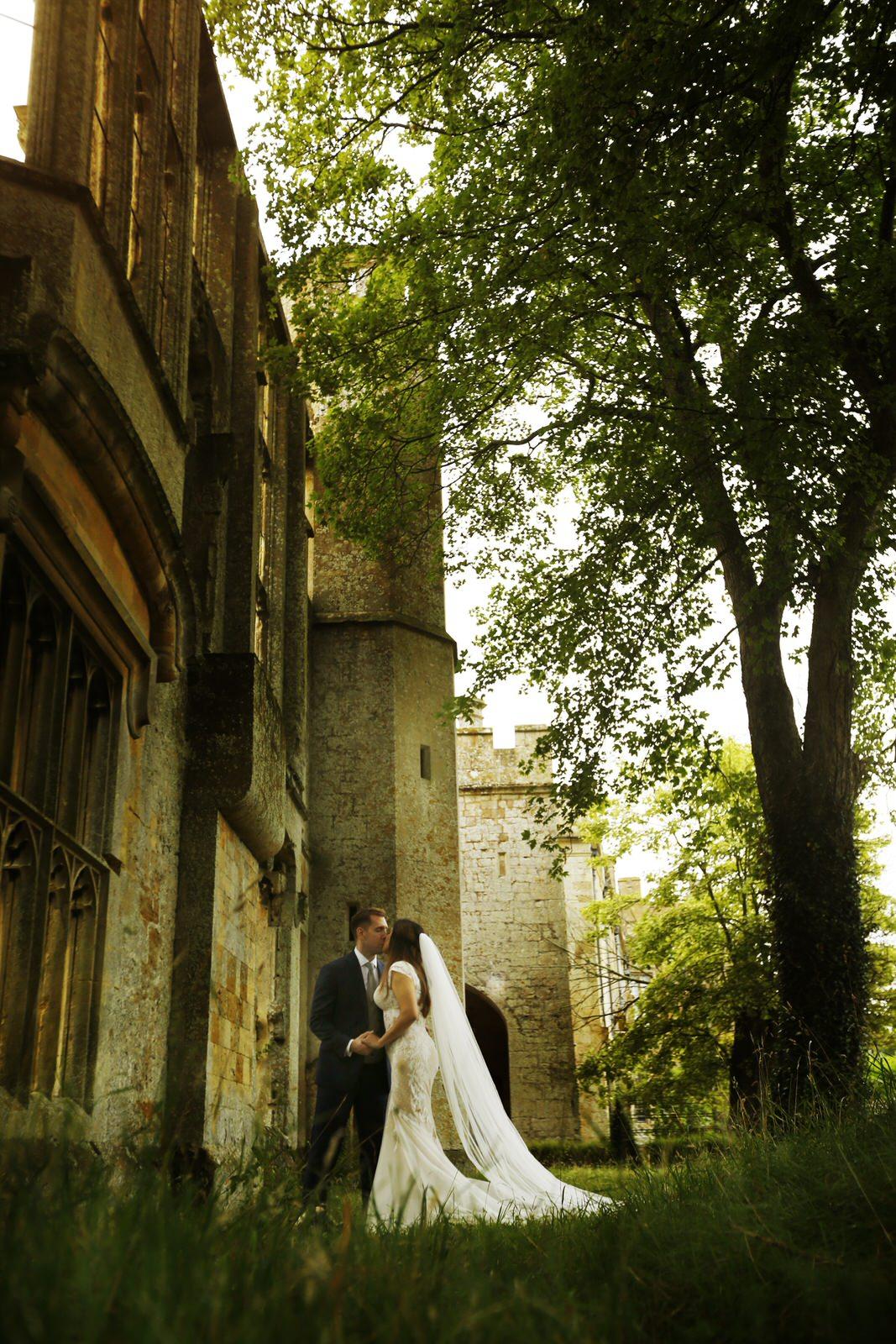 Brettharkness-sudeley-castle-wedding-photographer_0044.jpg