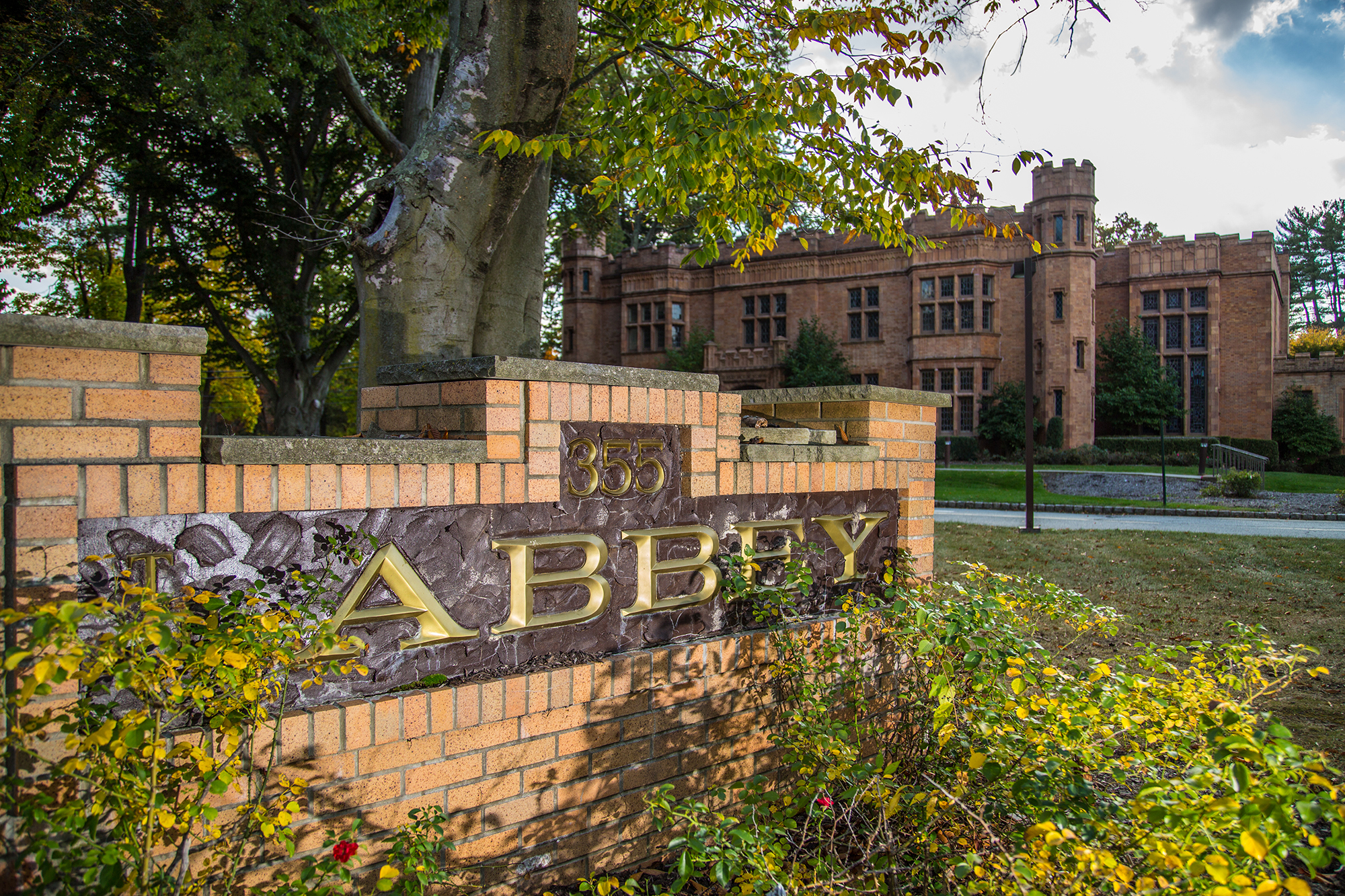THE ABBEY - 355 MADISON AVENUE • MORRISTOWN • NEW JERSEY • 07960