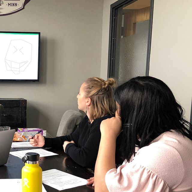 TBT to our latest Lunch n' Learn on how to identify and refine key messaging with @mjpveg. In a nutshell: ✔️ conduct research ✔️ identify themes ✔️ find supporting evidence ✔️ make it simple to use