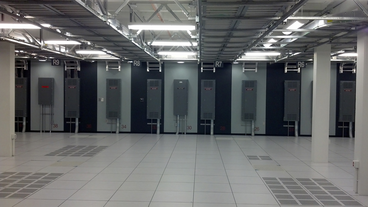 UCSB NH DATA CENTER NORTH.jpg