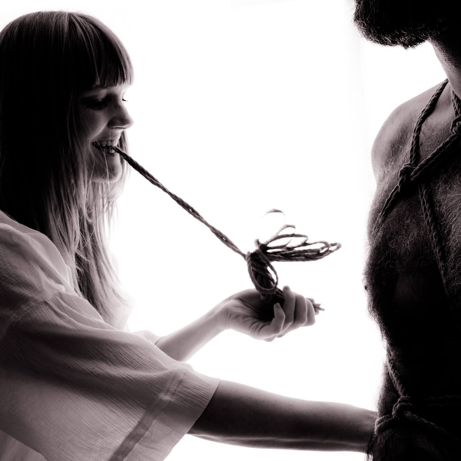 Molly Lee - Copenhagen, DenmarkWorkshops // Tuition // SessionsModelling // Performance // Artistic Workfetlife // instaropework: Molly Leephoto: Nude Art Photo