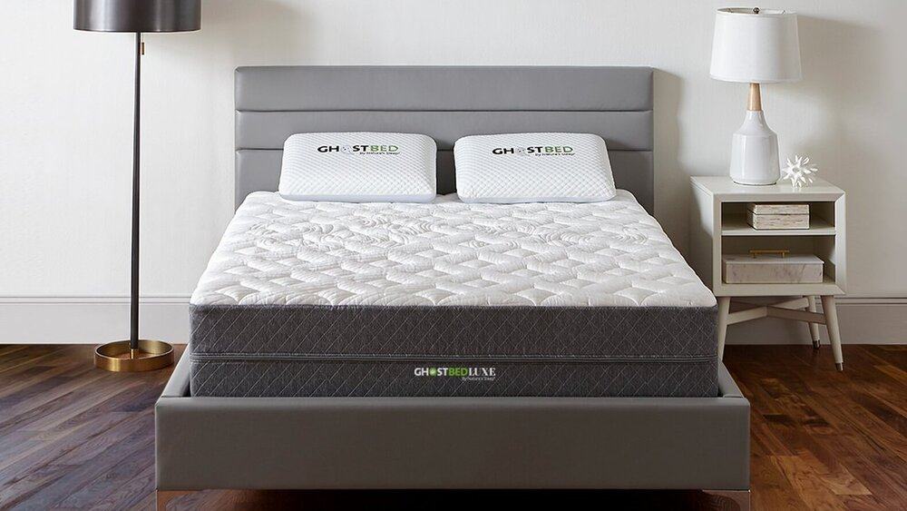 The GhostBed Luxe  is one of three models made by GhostBed, but this model is my favorite. Designed by the company owner who had three serious neck surgeries to relieve his pain, this mattress delivers proper spine alignment, cool sleep, and just the right amount of bounce and immersion.