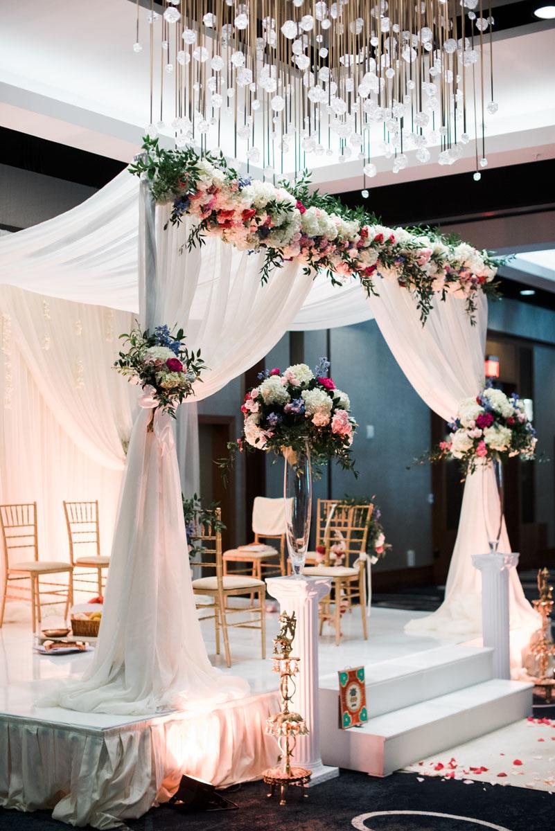 chapel_hill_raleigh_durham_wedding_florist_timeless.jpg