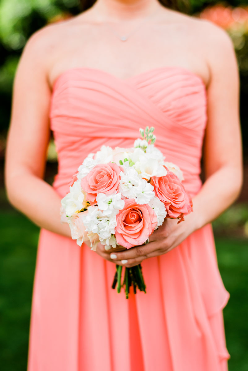 southern_wedding_floral_design_striking_simple.jpg