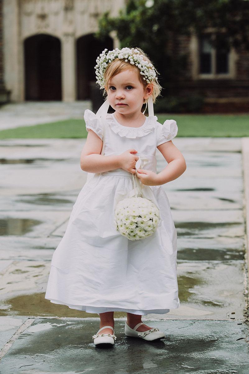 simple_organic_floral_design_bridal.jpg
