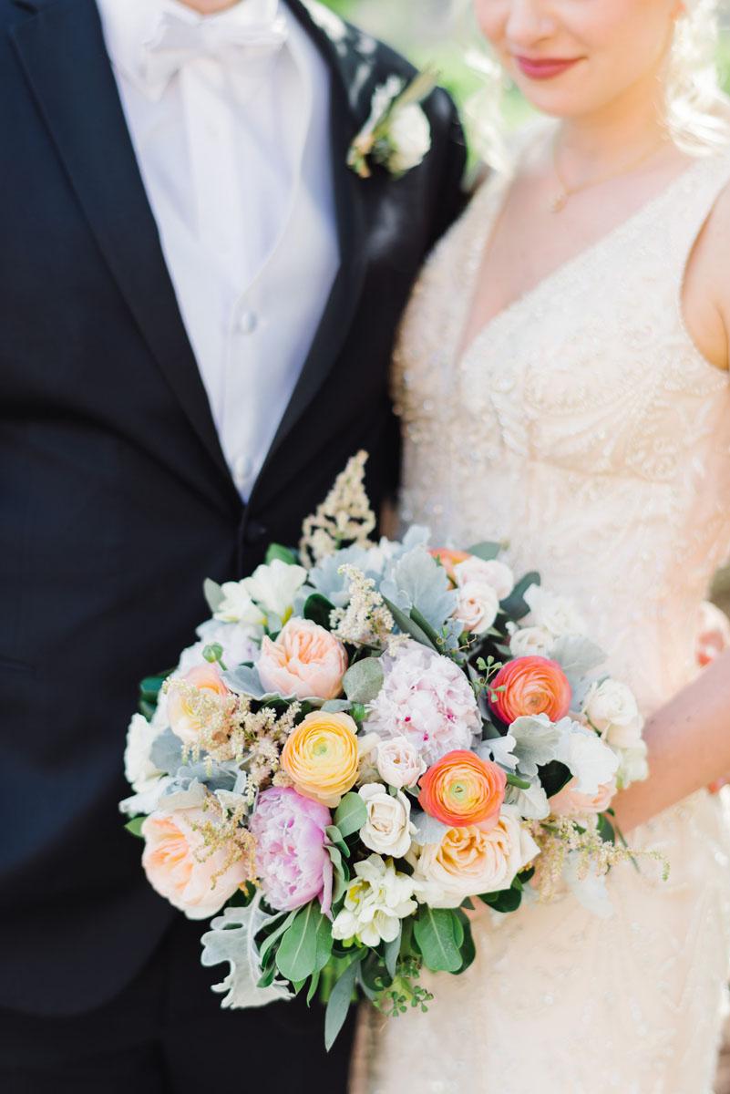 north_carolina_industrial_glamour_wedding_florist.jpg