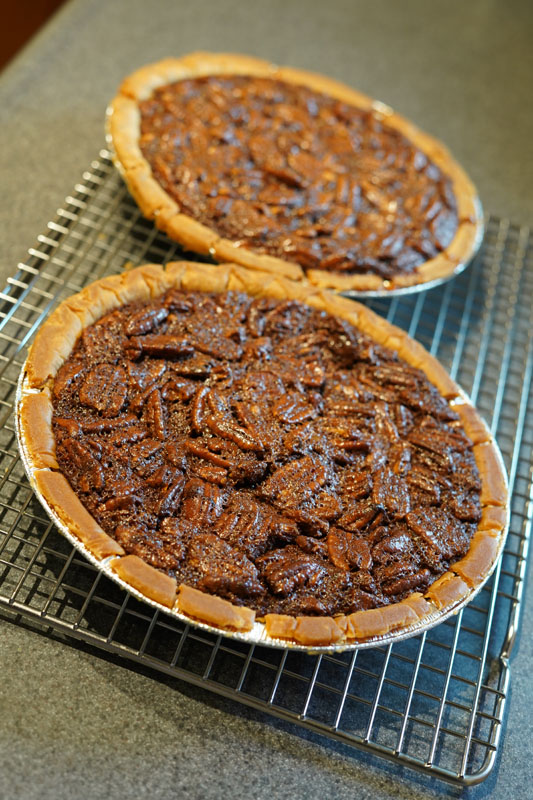 ChocolatePecanPie4.jpg