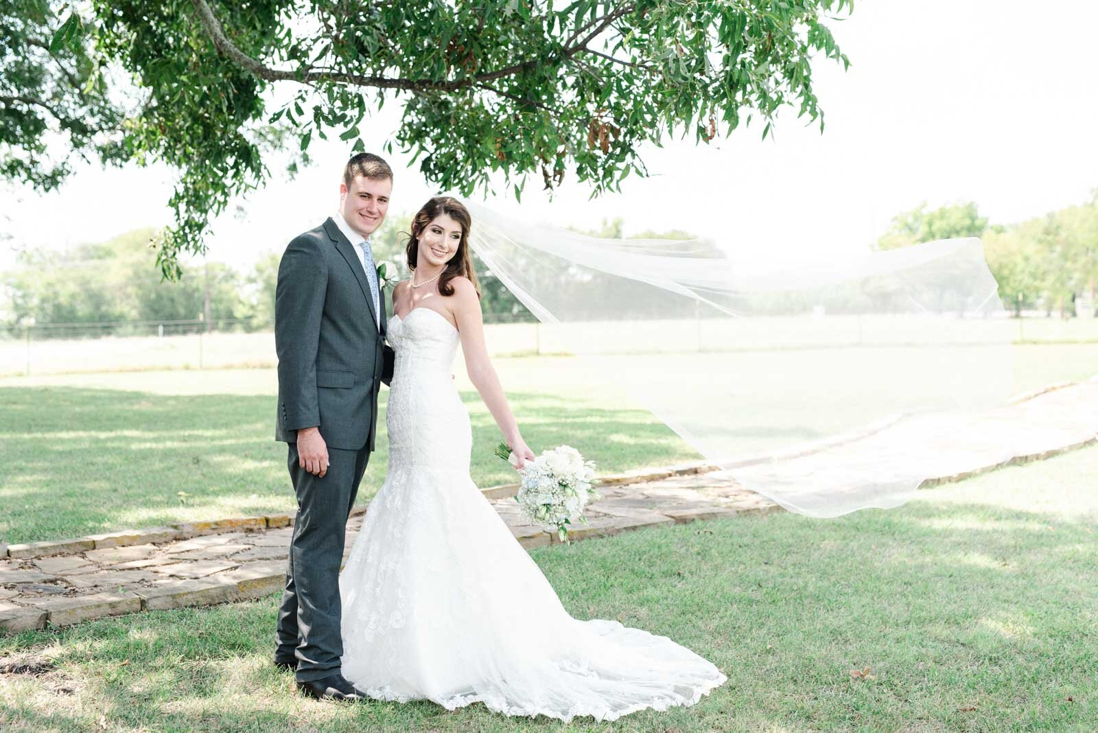 JenSymes_Emilee-Hoyt-Wedding-828.jpg