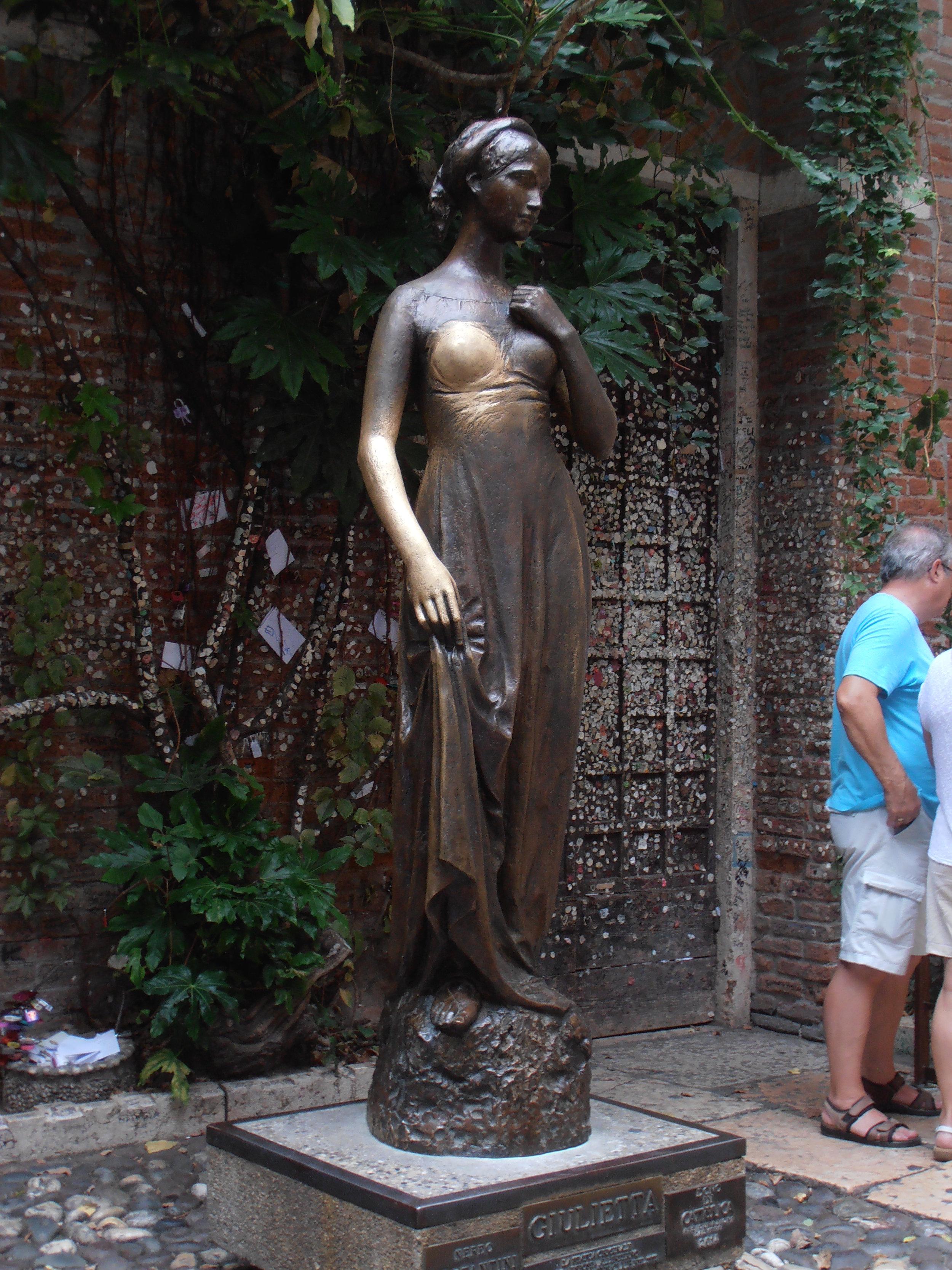 The Juliet statue