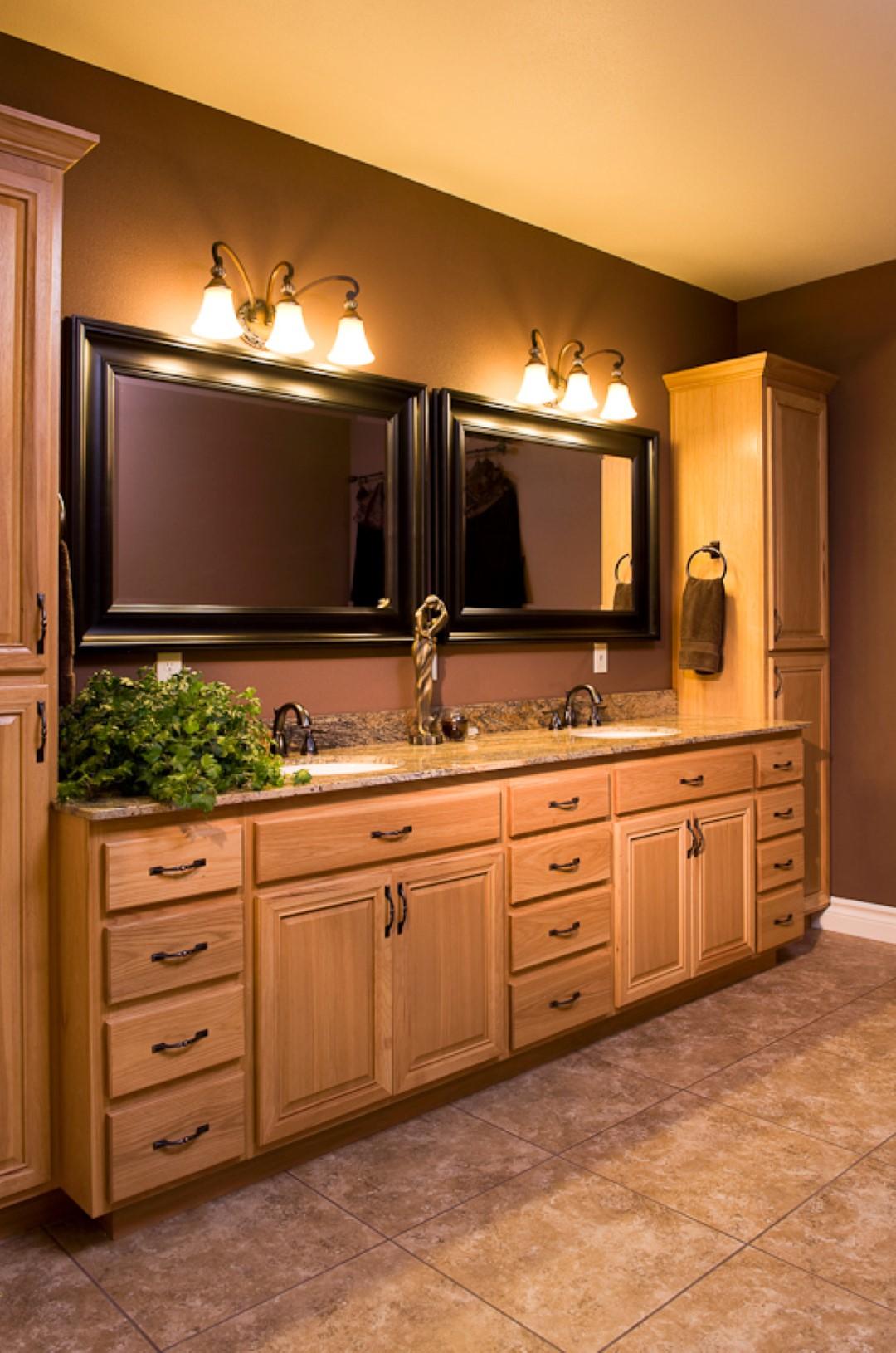 Cabinets-1016 (Large).jpg
