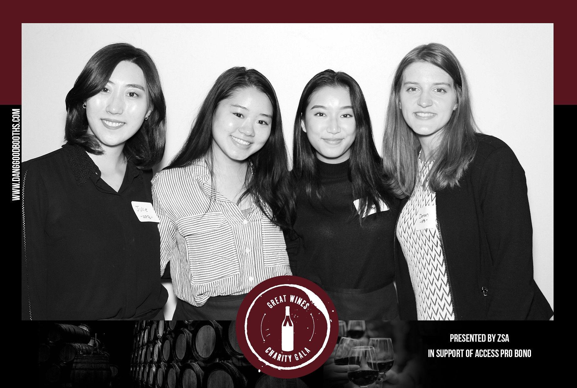 Vancouver_PhotoBooths-C-2018-10-03_1_18.jpg