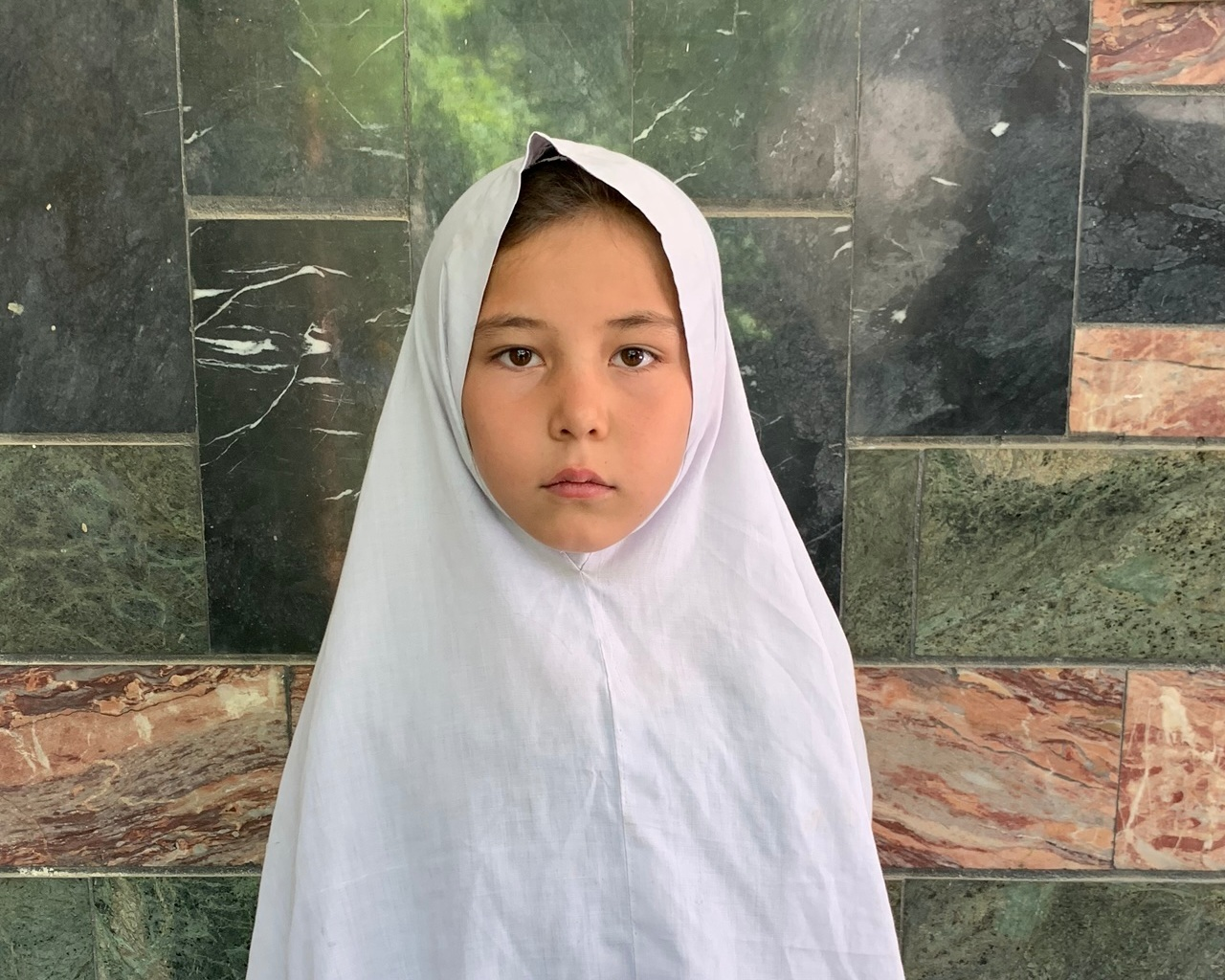 Khirulnasa, Age 8 - Khirulnasa has 1 sibling. Her mother does not work and her father is a day laborer.BE KHIRULNASA'S PARTNER >