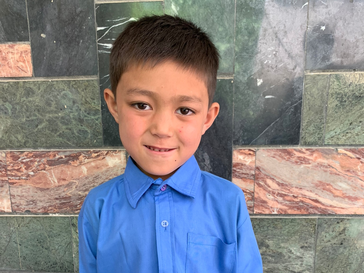 Gulan Abas, Age 7 - Gulan Abas has 5 siblings. His mother is currently unemployed. His father is a driver.BE GULAN ABAS'S PARTNER >∆