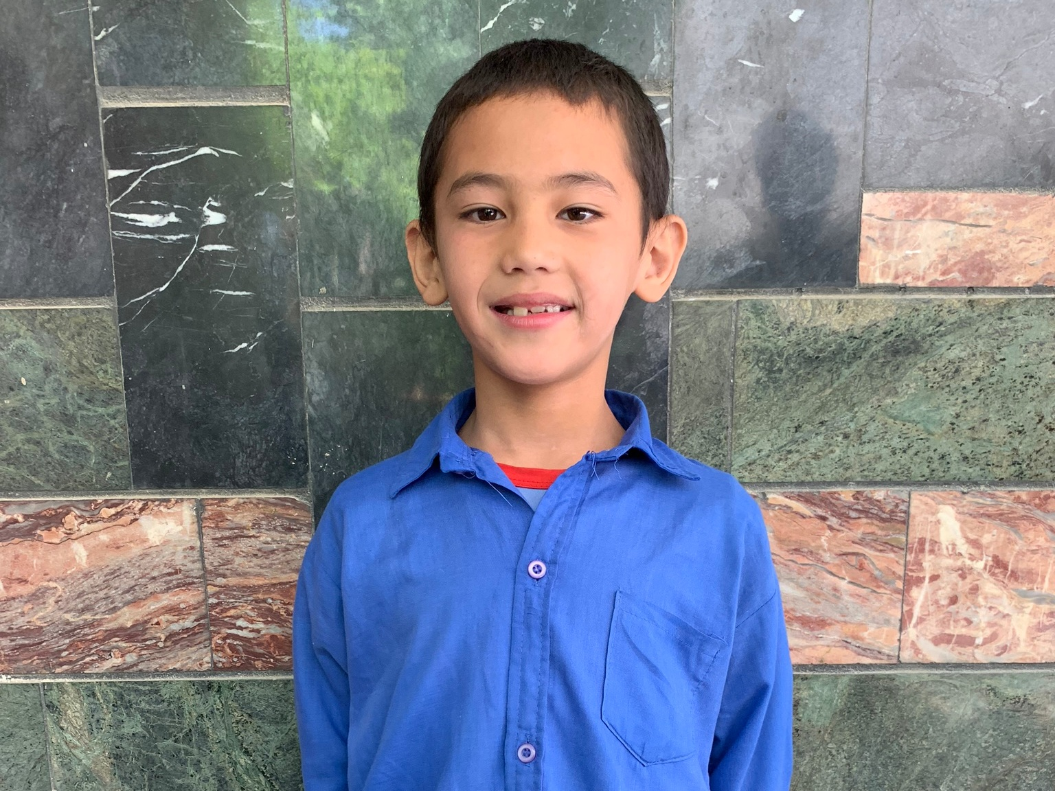 Mahkehusein, Age 8 - Mahkehusein has 7 siblings. His mother is unemployed. His father is a day laborer.BE MAHKEHUSEIN'S PARTNER>
