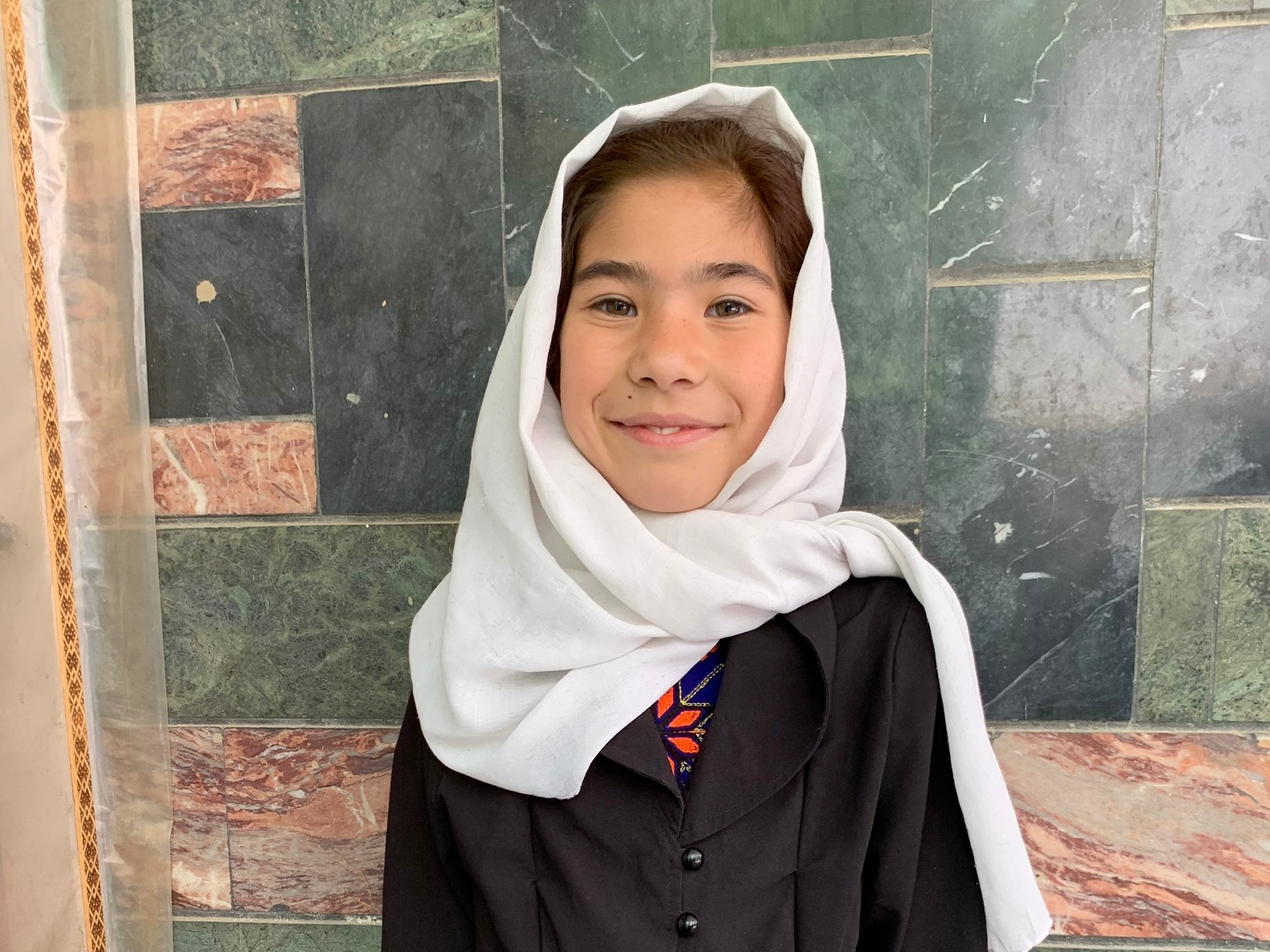 Nargis, Age 9 - Nargis has 12 siblings. Her mother is unemployed and her father works in construction.BE NARGIS'S PARTNER>