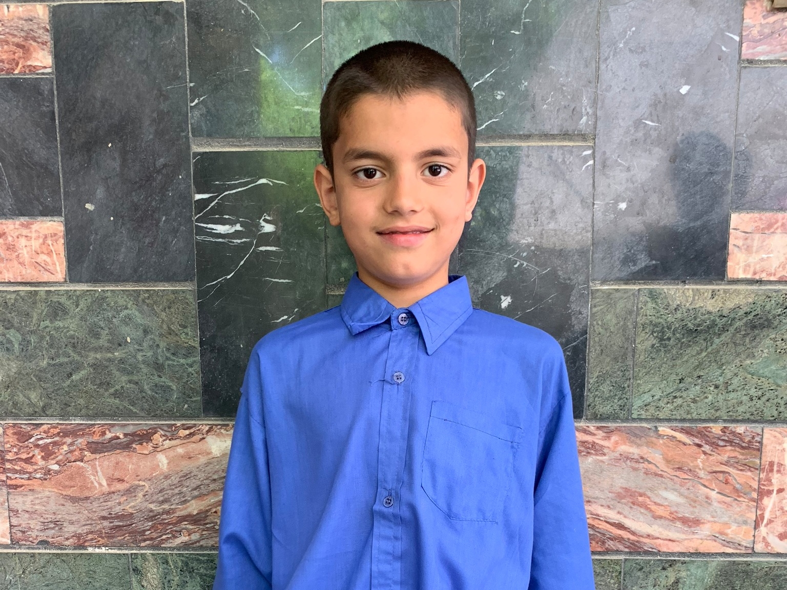 Walid, Age 10 - Walid has 6 siblings. His mother does not have work at this time. His father is a teacher.BE WALID'S PARTNER>