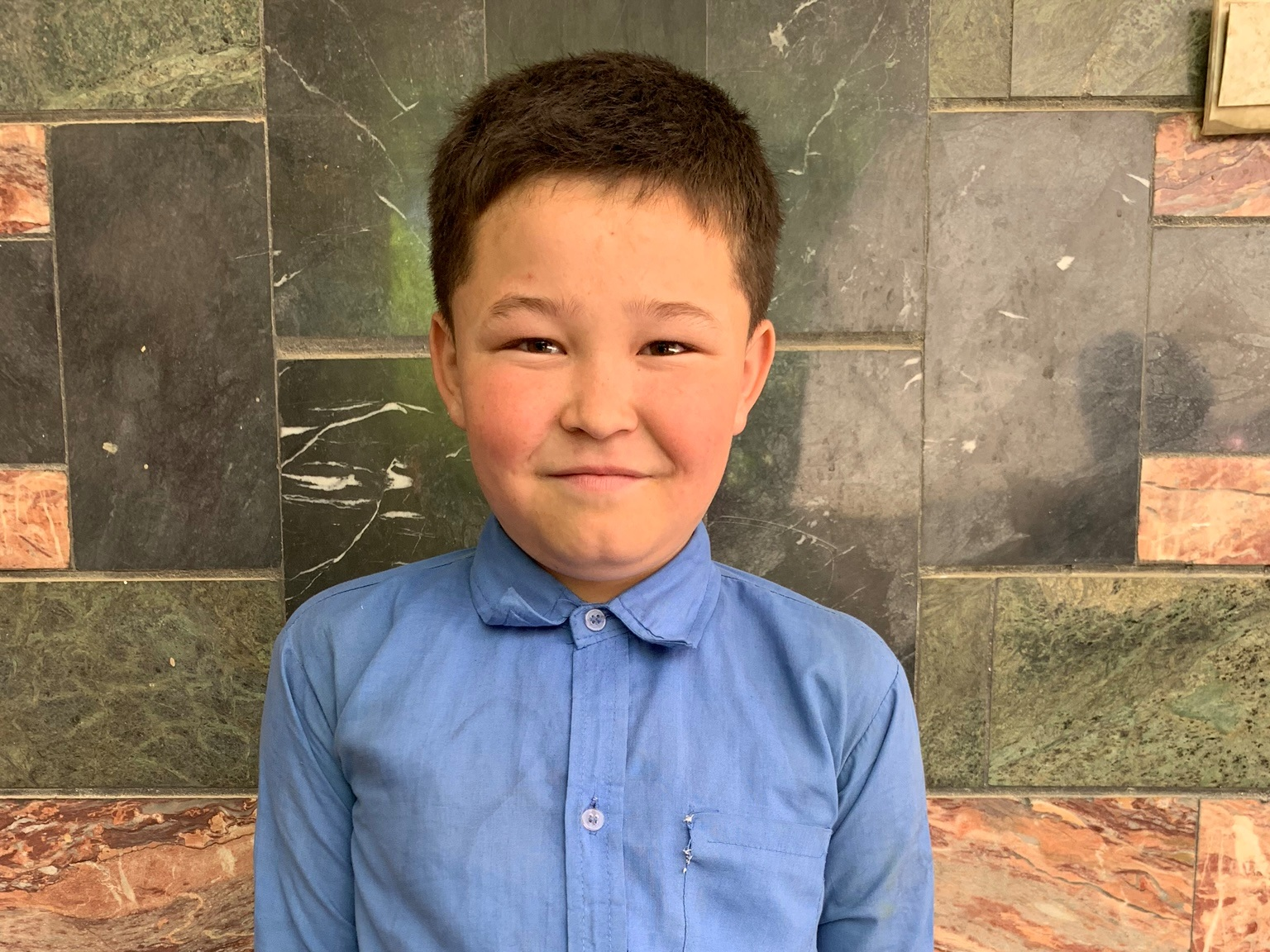 Mahdi, Age 10 - Mahdi has 6 siblings. His mother is unemployed. His father is a day laborer with a wheelbarrow.BE MAHDI'S PARTNER>