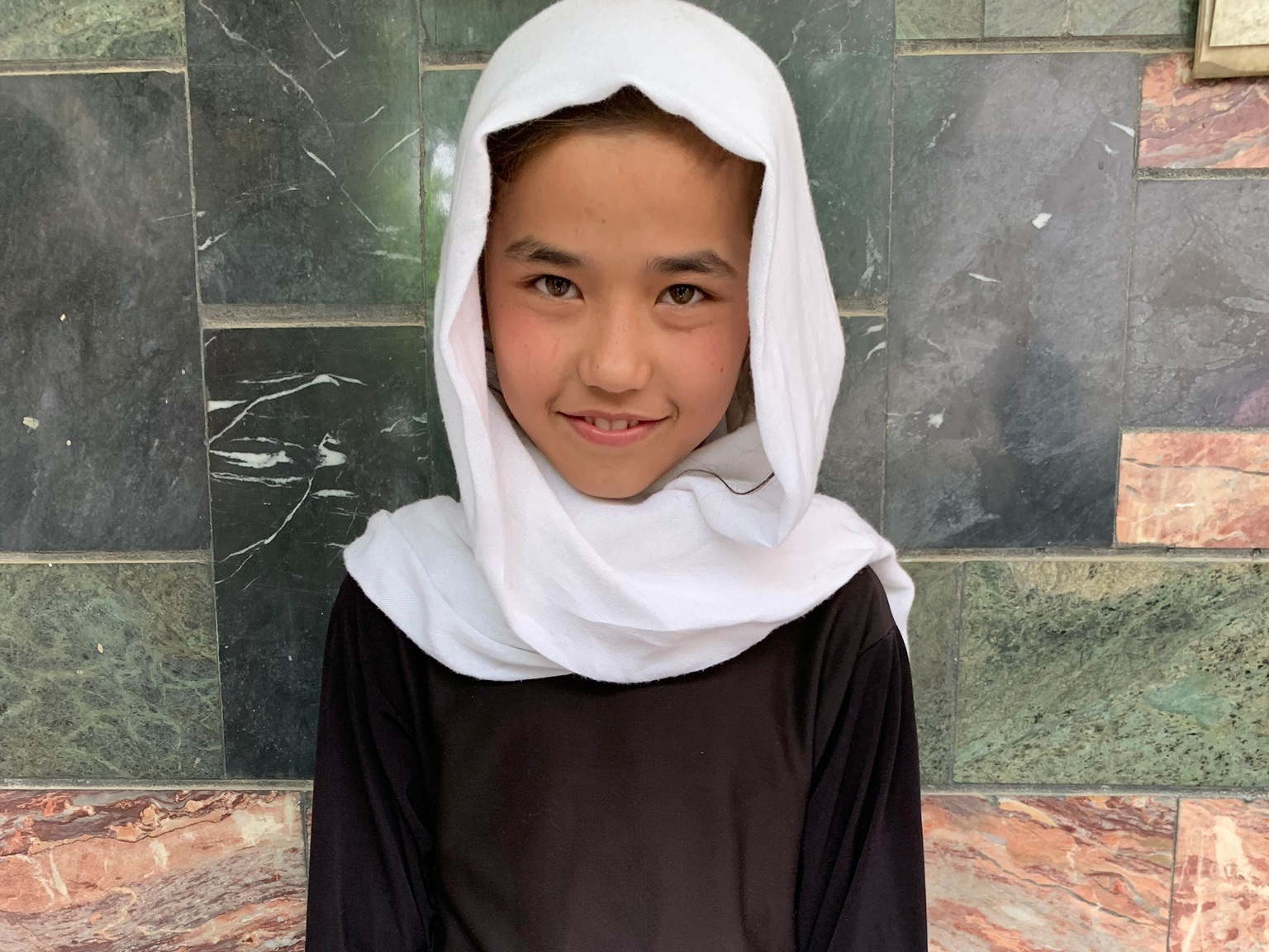 Rakshaina, Age 10 - Rakshaina has 7 siblings. Her mother does not have work at this time and her father is disabled.BE RAKSHAINA'S PARTNER>