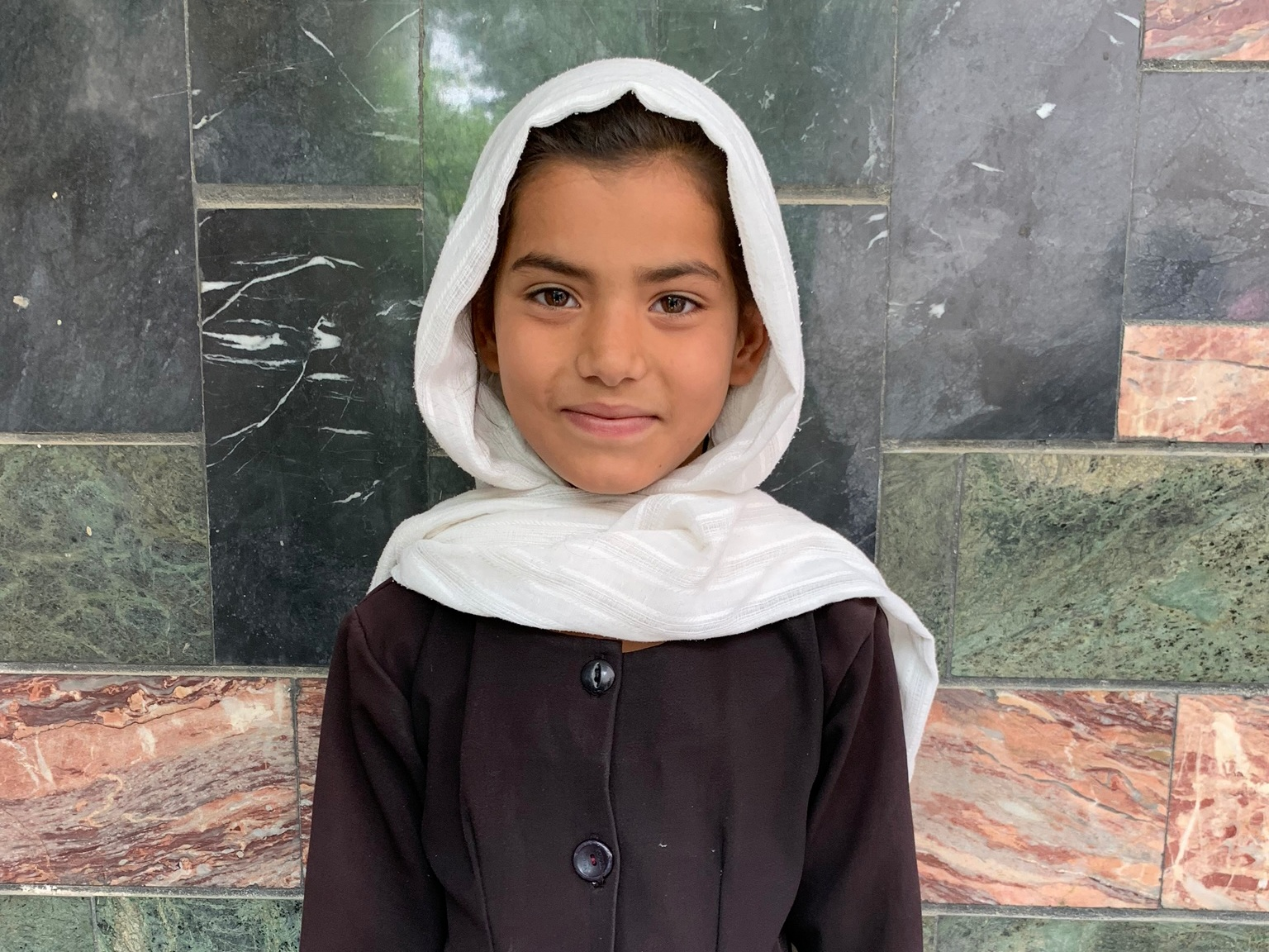 Zuhar, Age 8 - Zuhar has 8 siblings. Her mother and father are both unemployed.BE ZUHAR'S PARTNER>