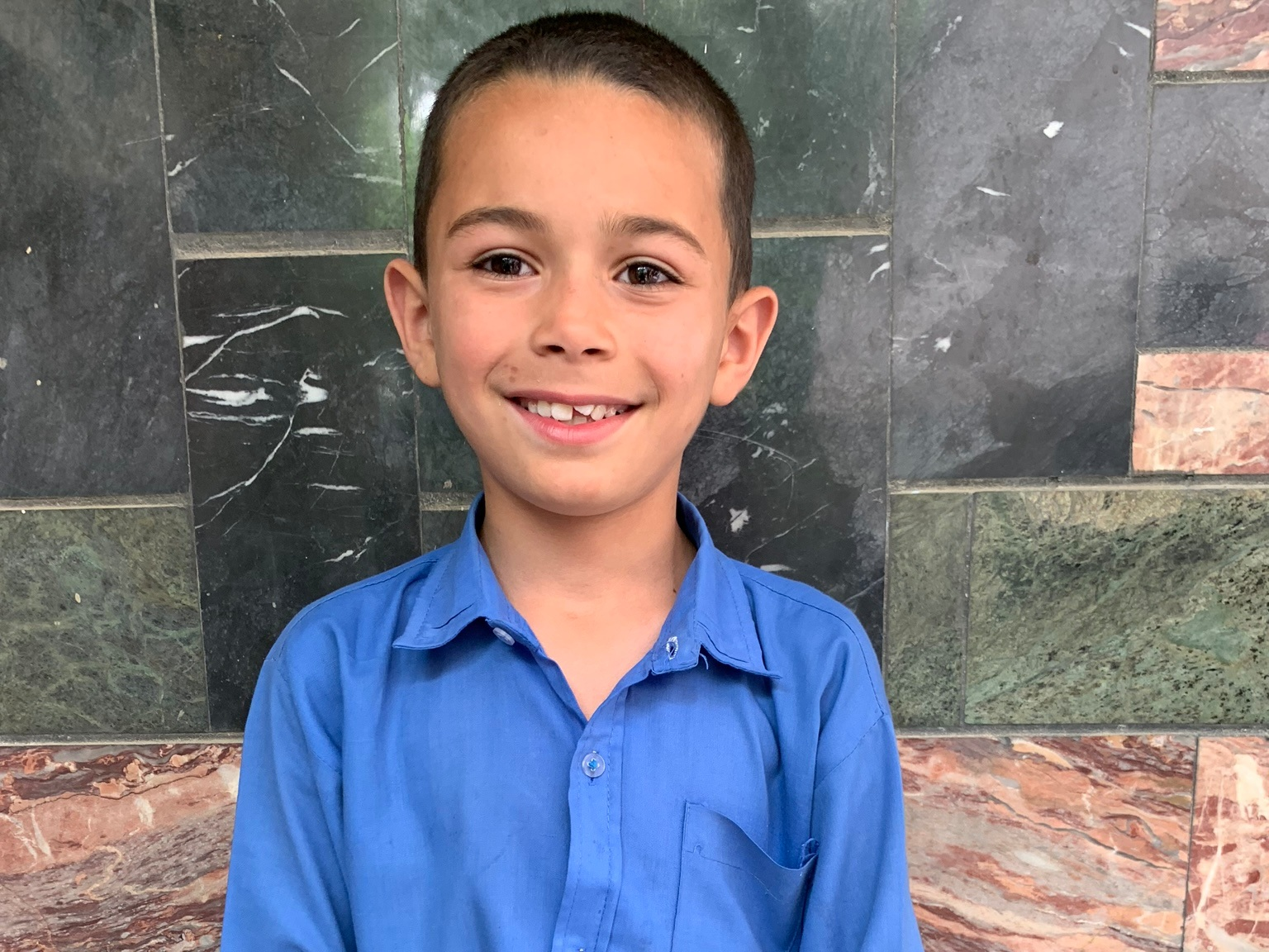 Ali Husin, Age 10 - Ali Husin has 4 siblings. His mother does not have work and his father is a driver.BE ALI HUSIN'S PARTNER>