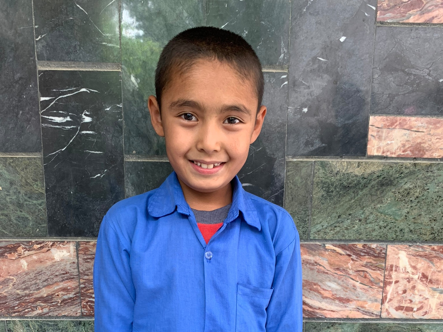 Mortaza, Age 10 - Mortaza has 4 siblings. His mother does not have work and his father is a carpenter.BE MORTAZA'S PARTNER>