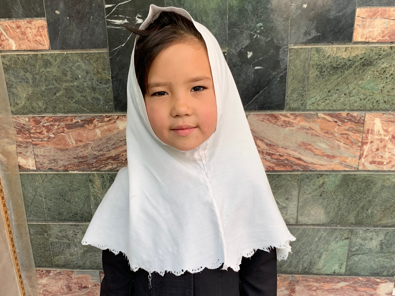 Hosna, Age 7 - Hosna has 1 sibling. Her mother is unemployed. Her father is a day laborer.BE HOSNA'S PARTNER>