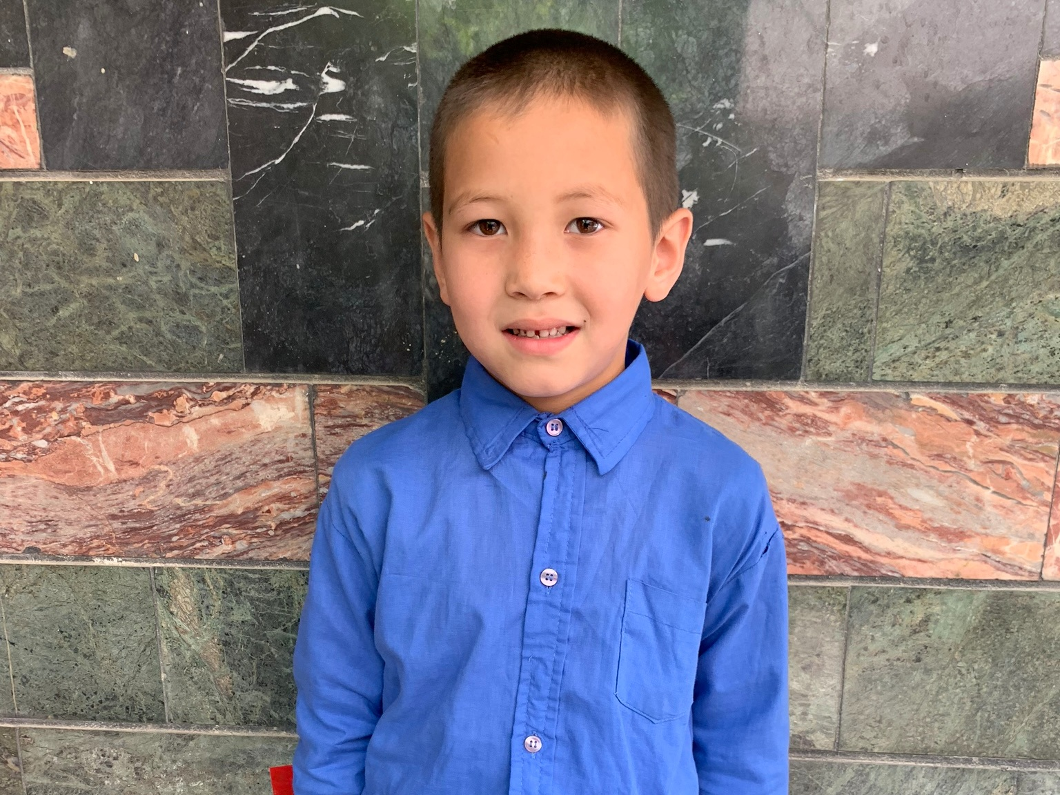 Ali Riza A., Age 8 - Ali Riza has 3 siblings. His mother is unemployed. His father is a shopkeeper.BE ALI RIZA A'S PARTNER>∆