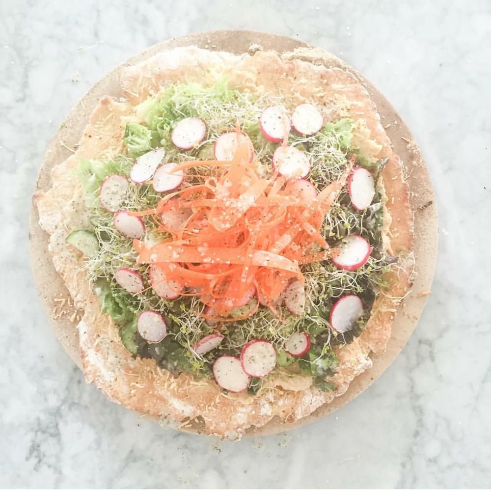 salad-pizza-1000x1000.png