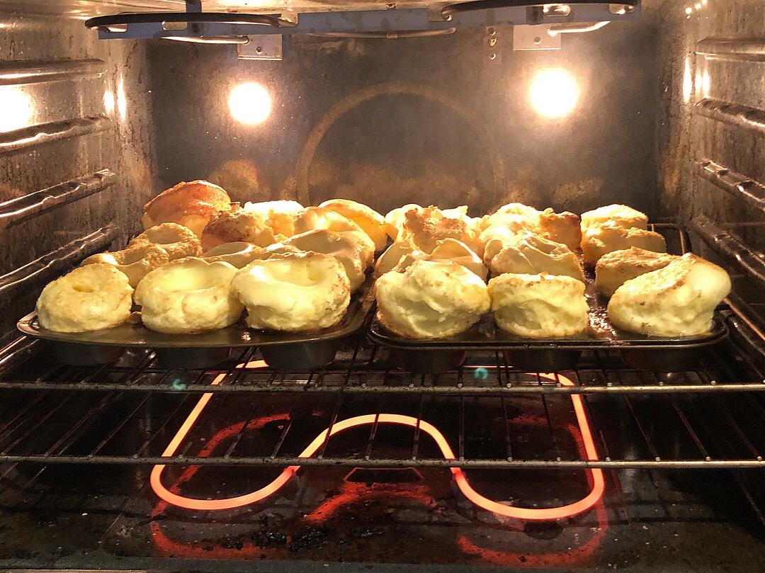 german pancake muffins Oven.JPG