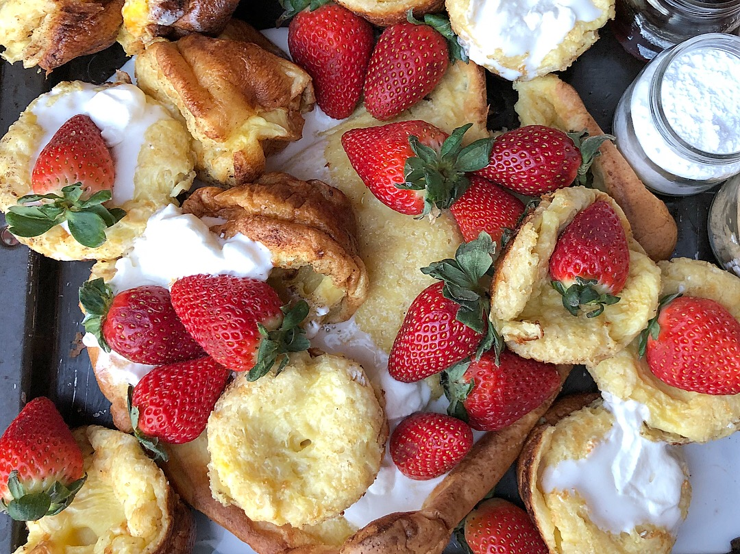 german pancakes strawberries 2.JPG
