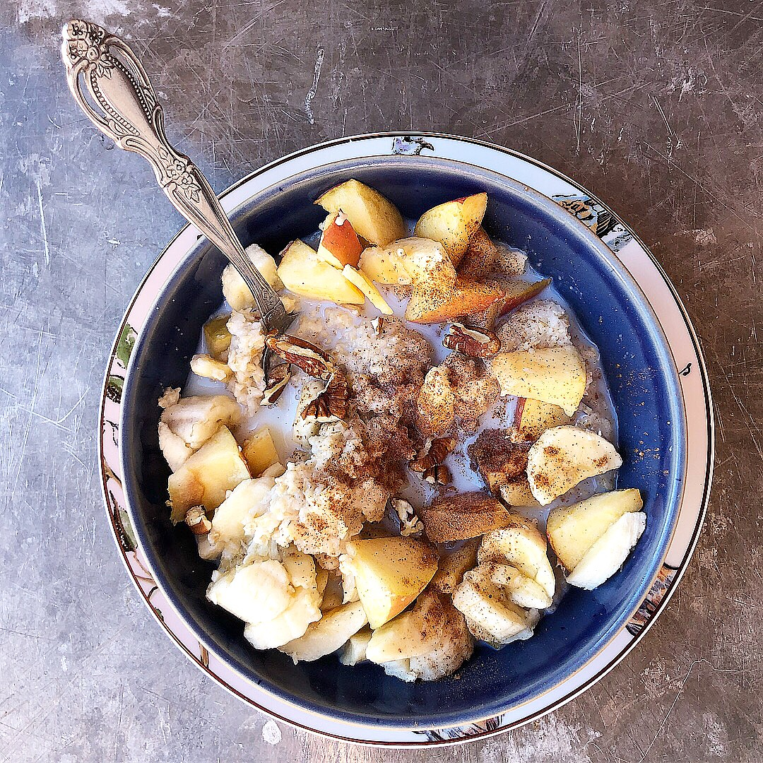 apple banana pecan oatmeal.JPG