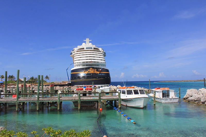 disney dream docked.jpg