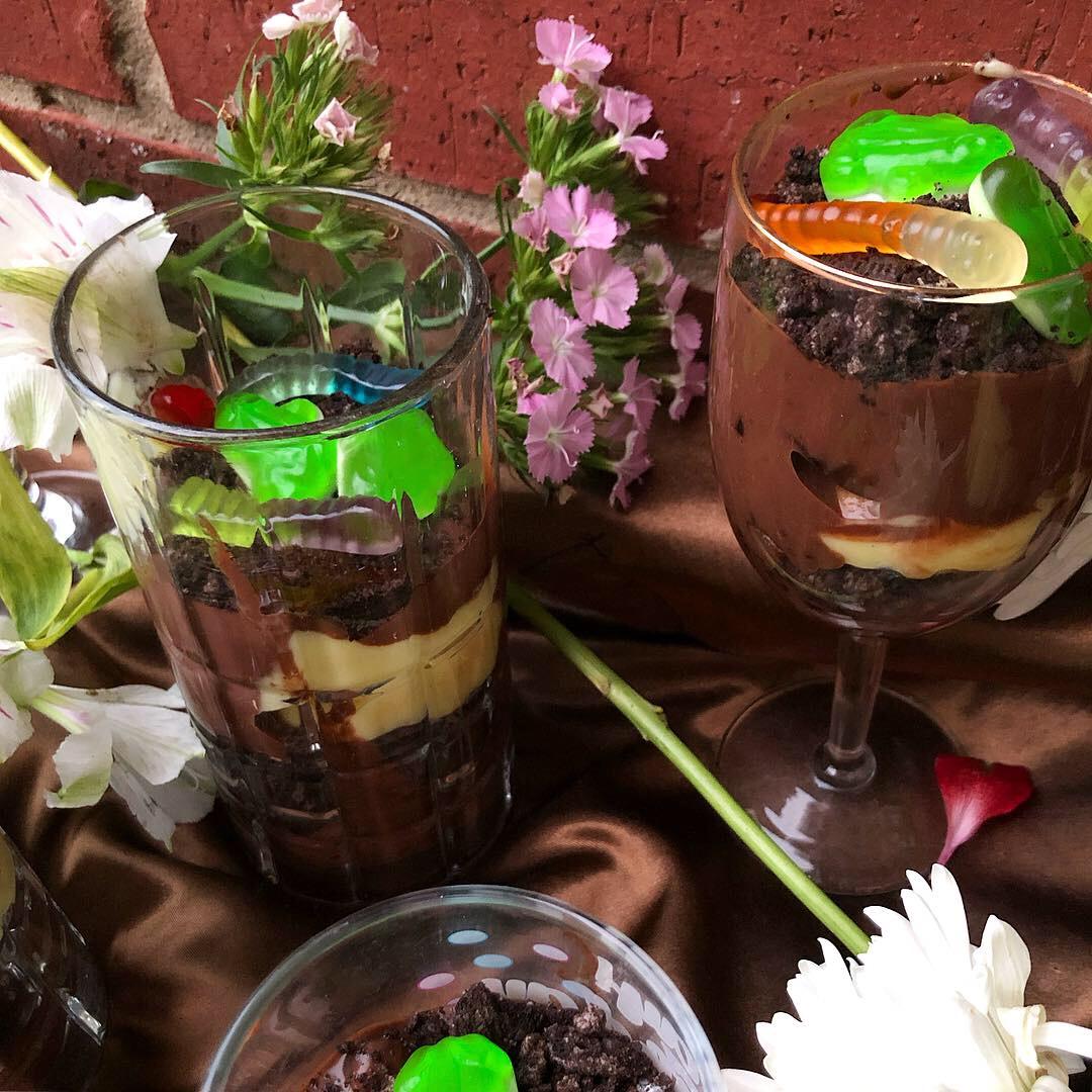oreo (dirt pudding) trifle 2.JPG