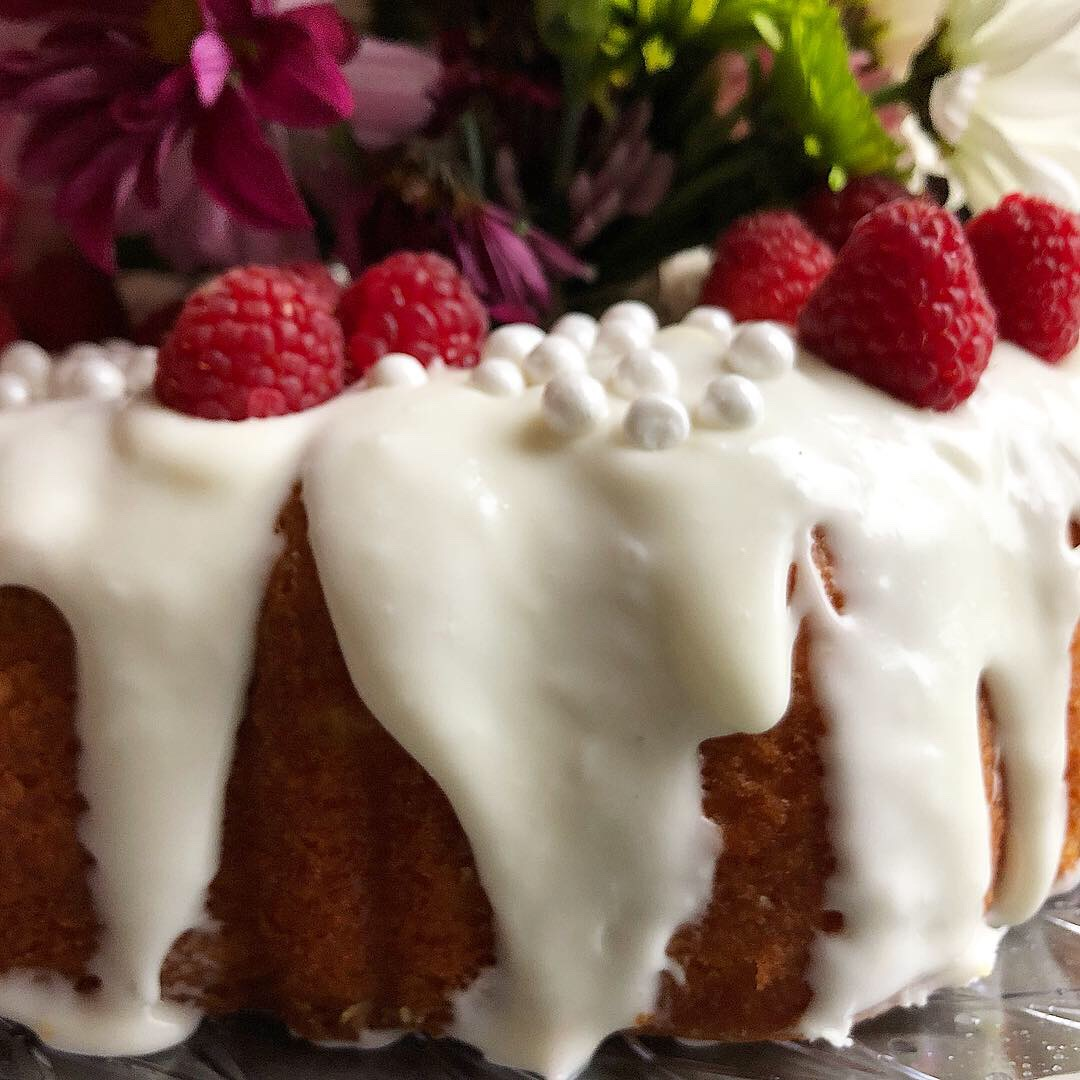 raspberry lemon bundt cake 3.JPG
