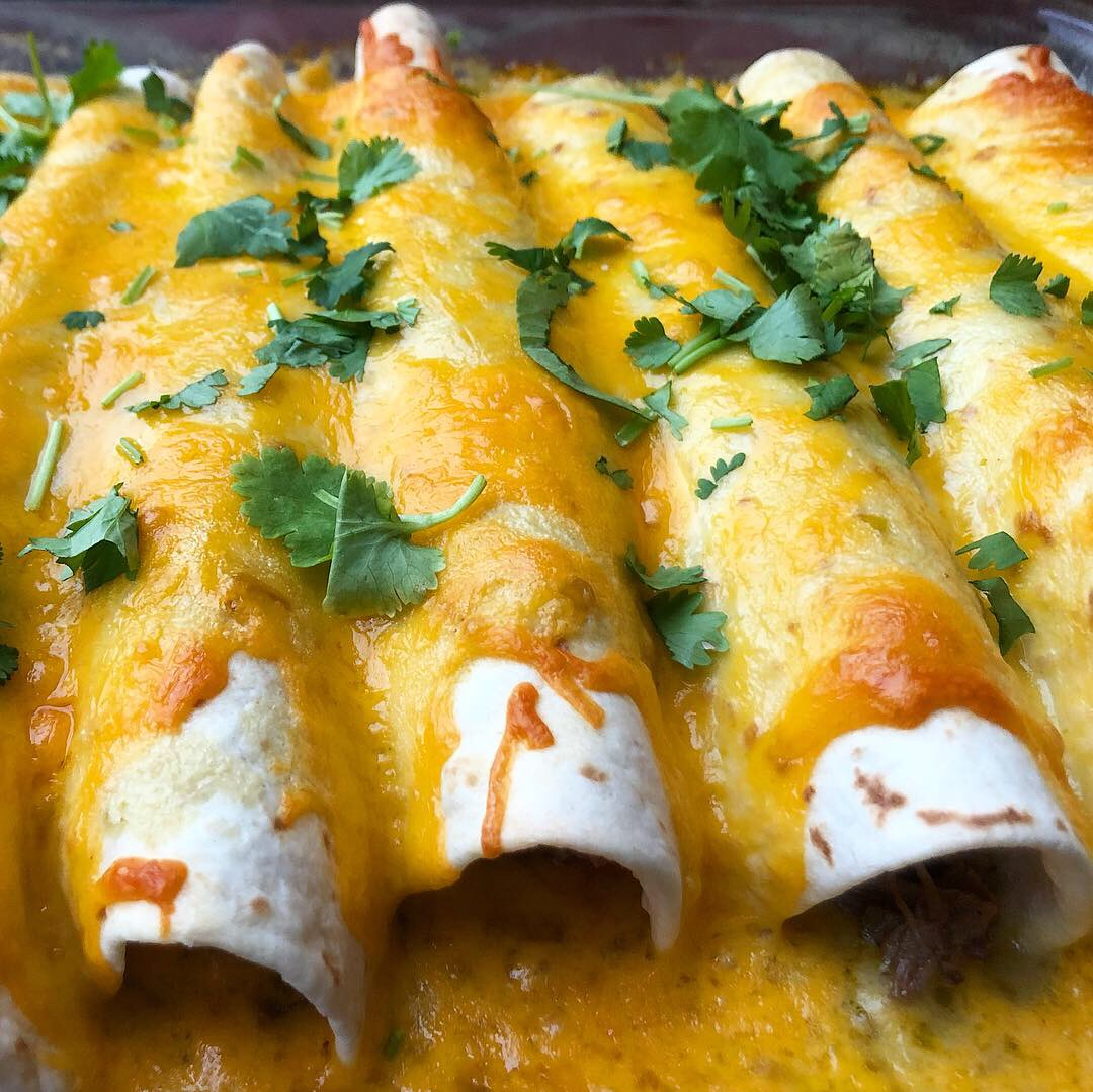 easy cheesey beef enchiladas 3.JPG