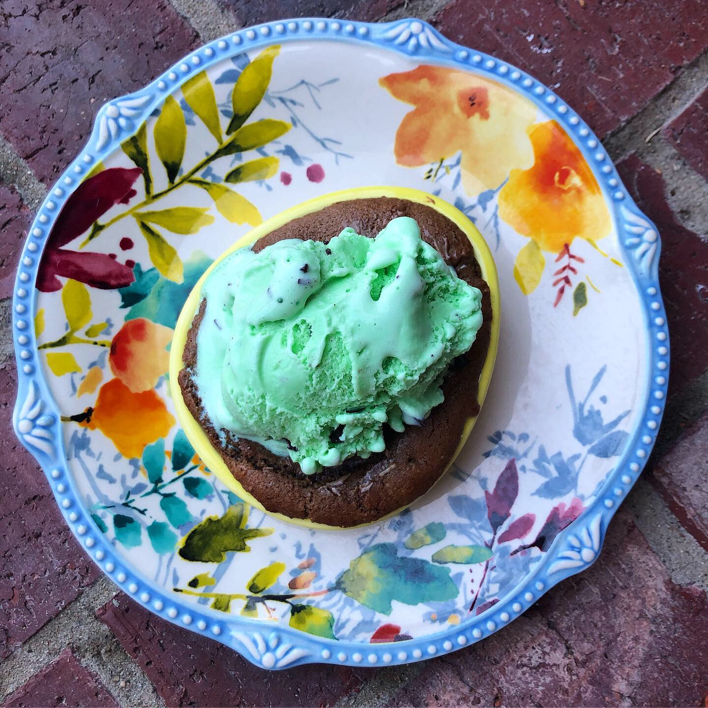 andes mint chocolate chip pizookie 4.JPG