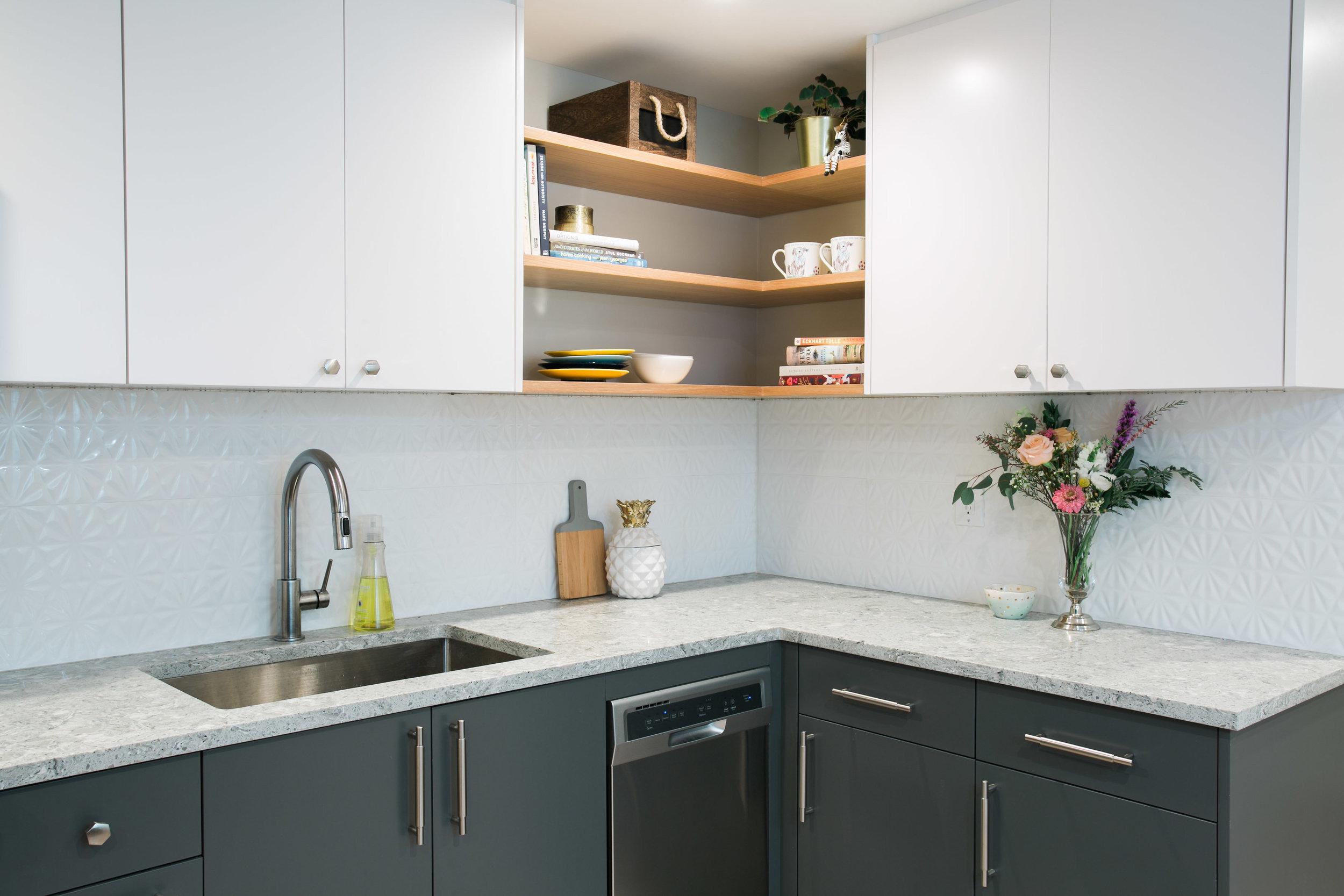 Location2_Kitchen_002.jpg