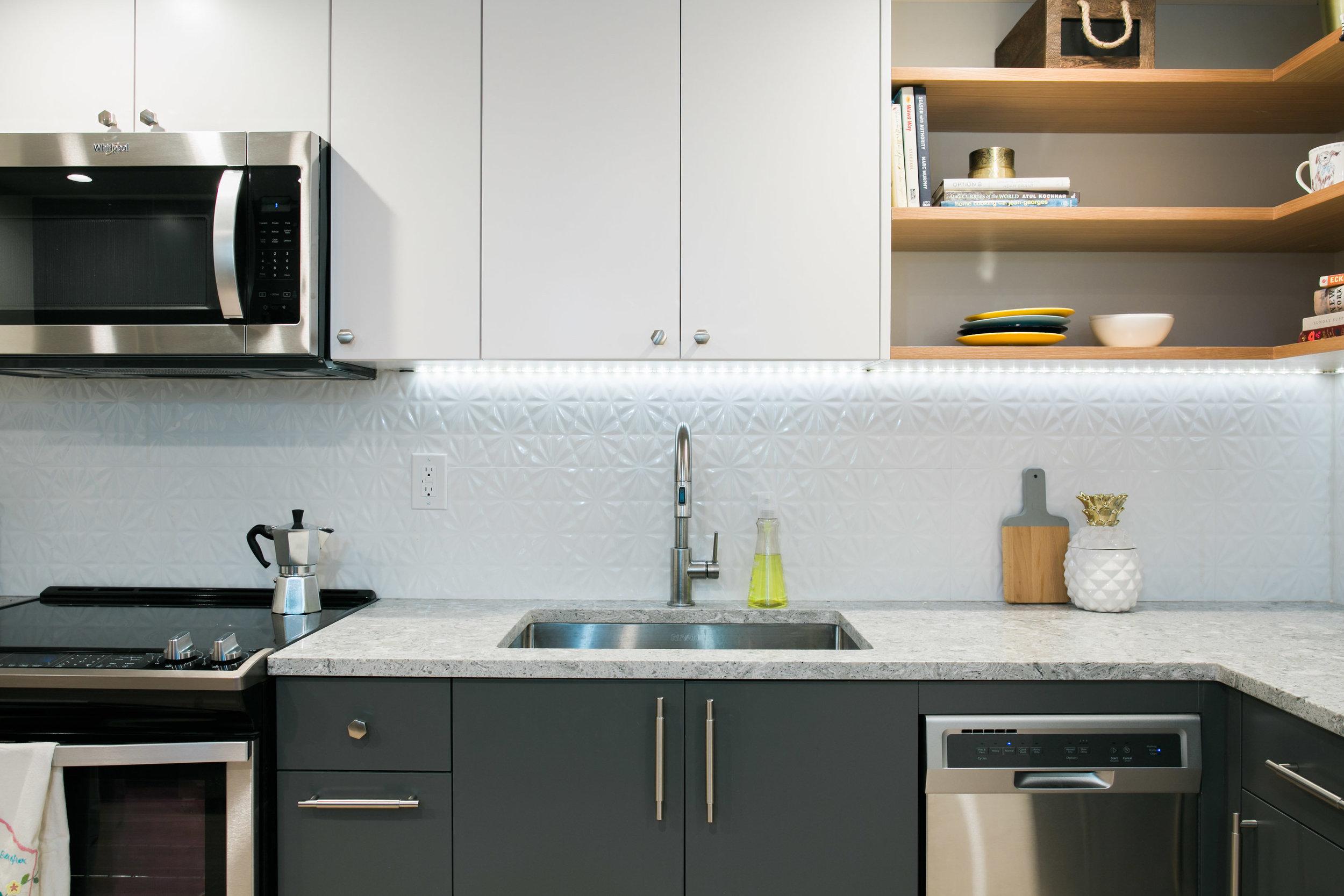 Location2_Kitchen_004.jpg