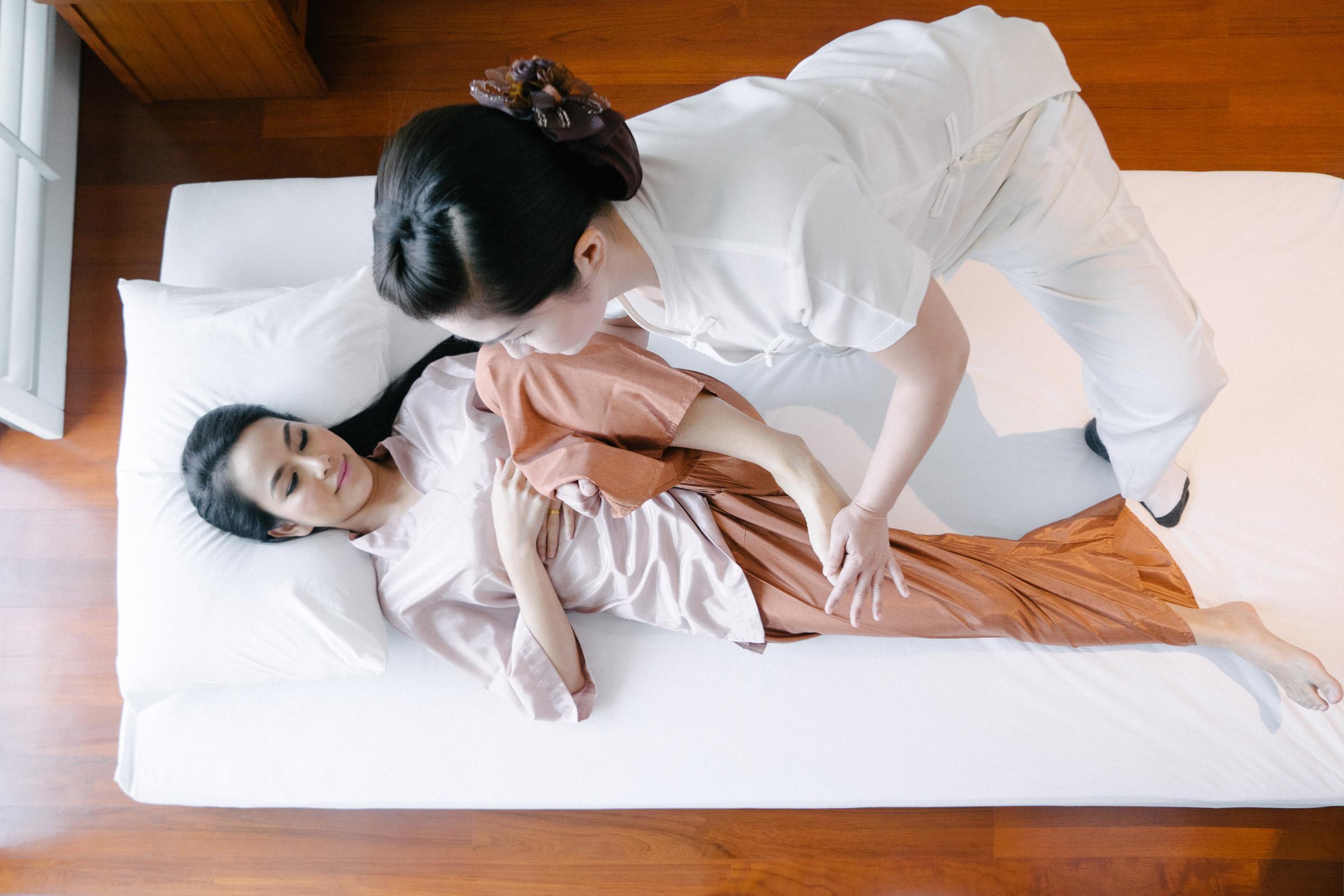 RadcoRelax-massage-thai-yoga.jpg