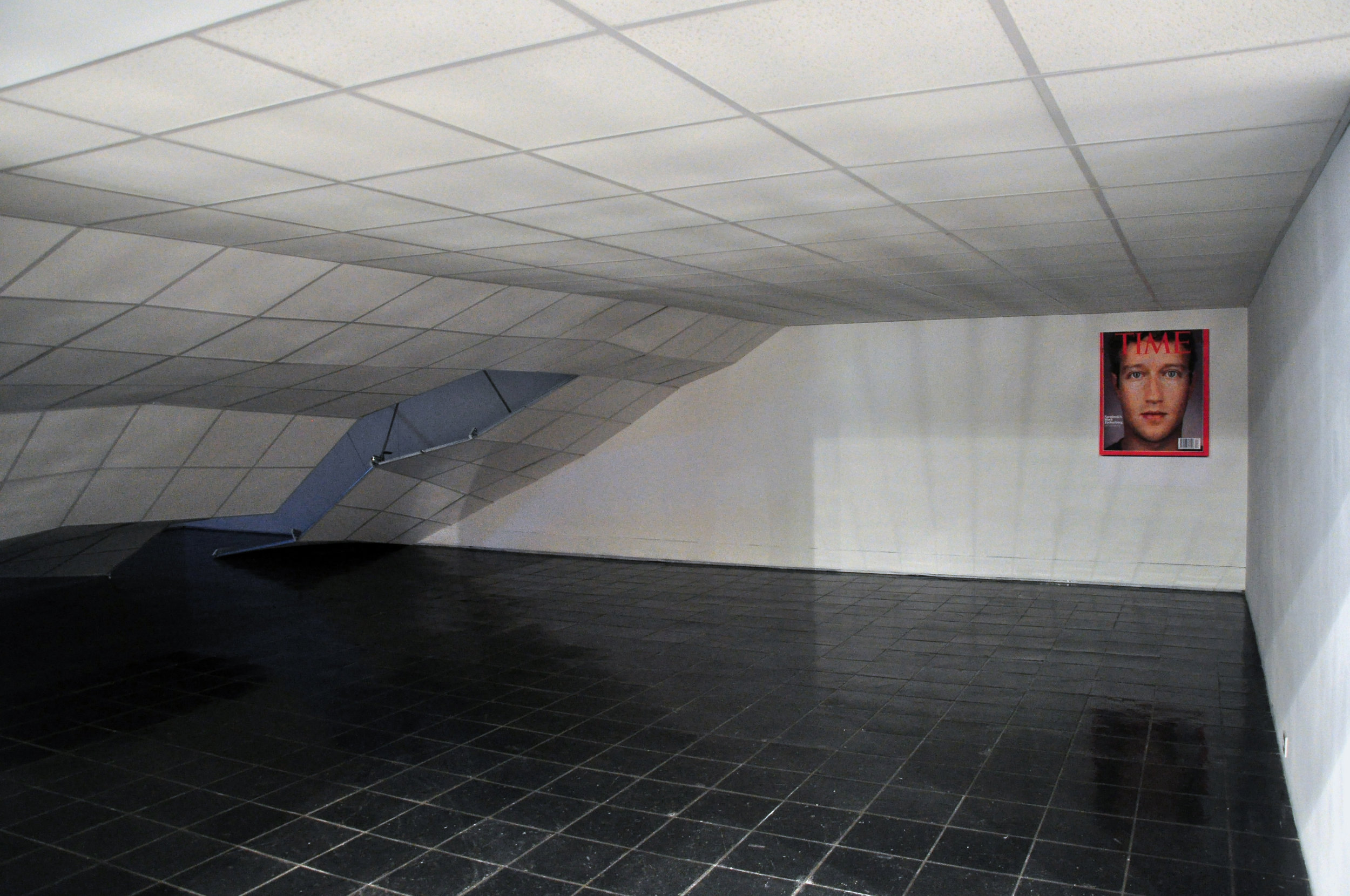 Dennis McNulty,  The Crash, 2011 with FACETIME , 2011; suspended ceiling elements, tiles and ratchet straps; dimensions variable; and poster, 33 x 40 inches; courtesy of the artist and Green On Red Gallery, Dublin; commissioned by Bureau for Open Culture
