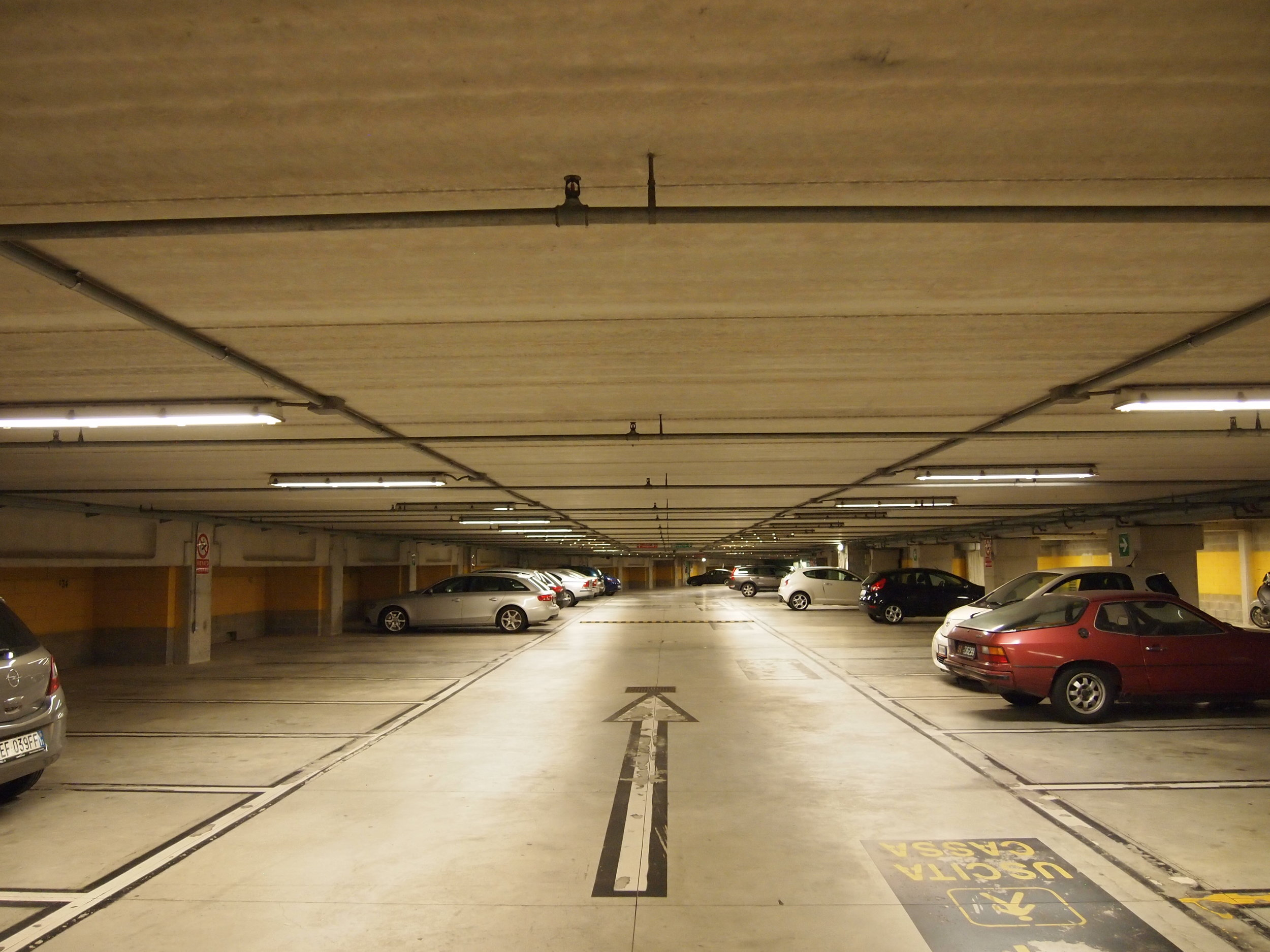 porta-tufi-parking-garage-siena_8181253359_o.jpg