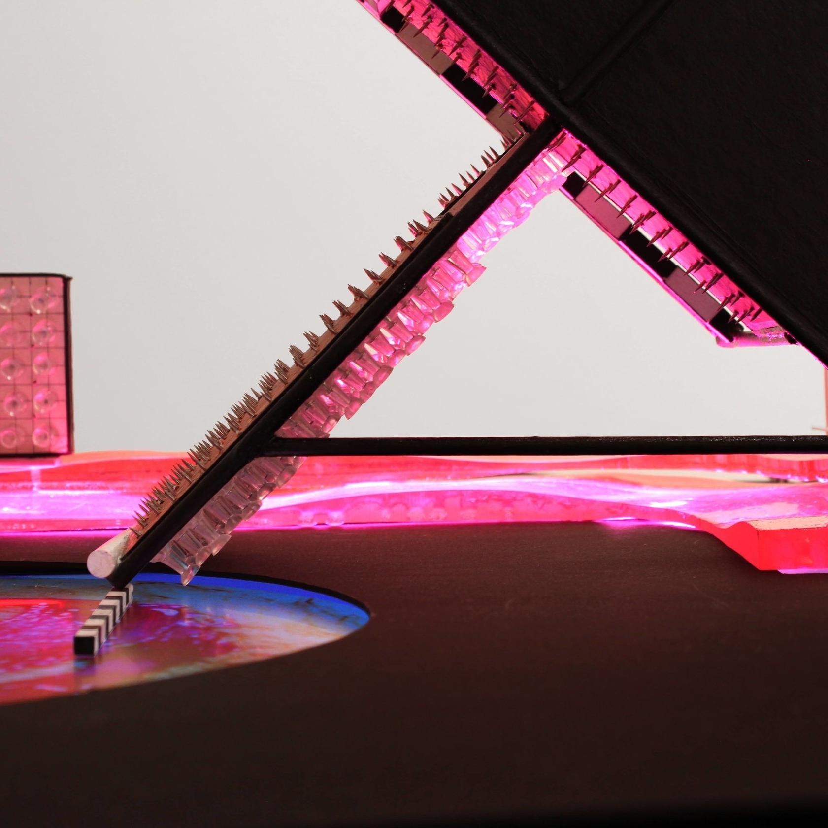 Pink_detail_01_(s).jpg