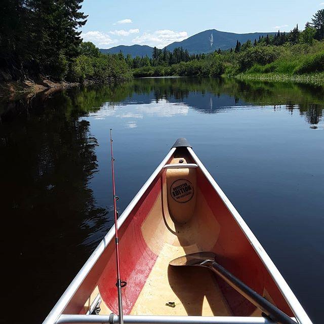 Nice day to float down the Saranac River with a fishing pole - let us help you plan your fishing trip! 🛶 🎣 🌞 . . . Photo cred: @royalhskier . . #fishing #saranacriver #saranaclake #adirondacks #paddleadk #wenonahcanoe #reflection
