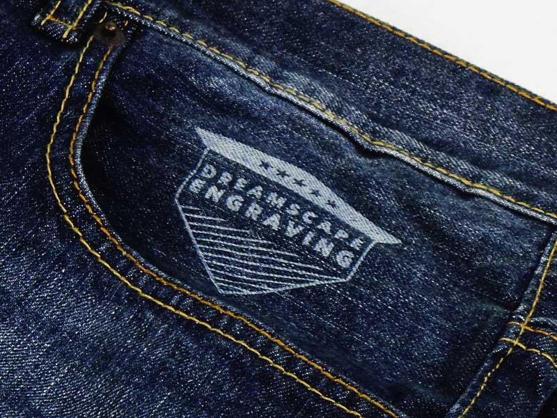 Jeans-Zoomed.jpg