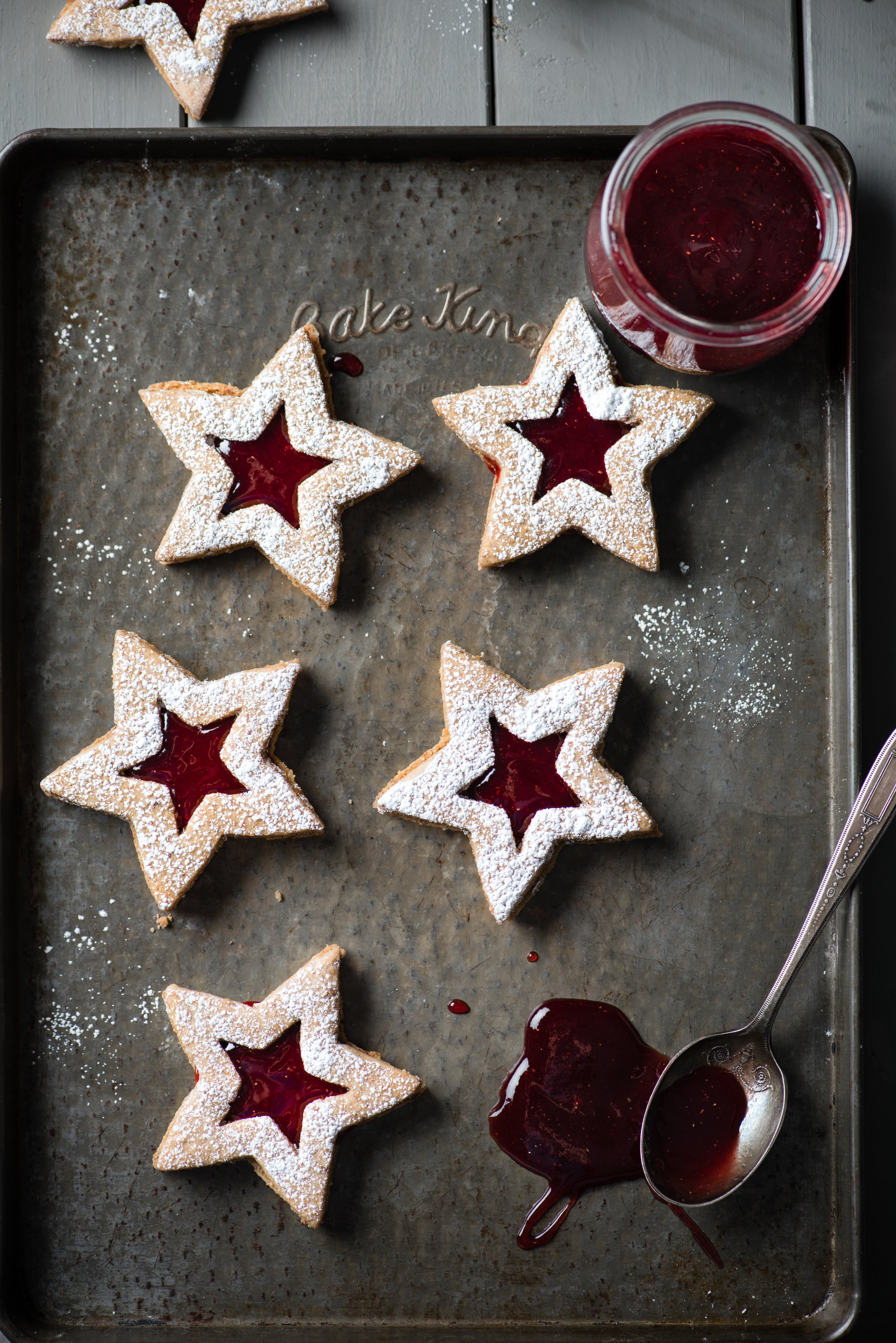 Star-Shaped Linzer Cookies with Raspberry Jam