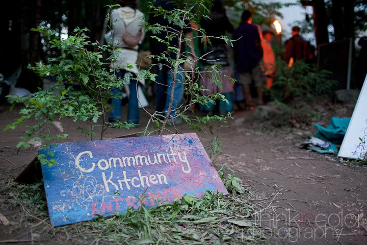 community kitchen sign.jpg