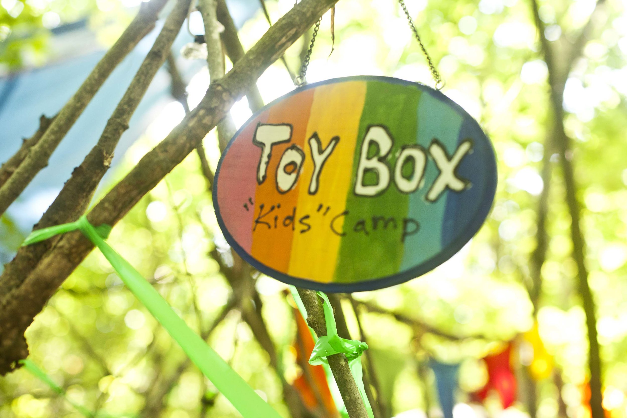 toy box kids camp sign