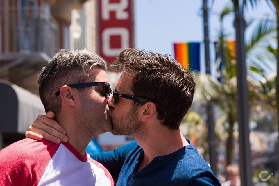KeepKissing-LGBT-Couples-by-Curt-Janka5.jpg