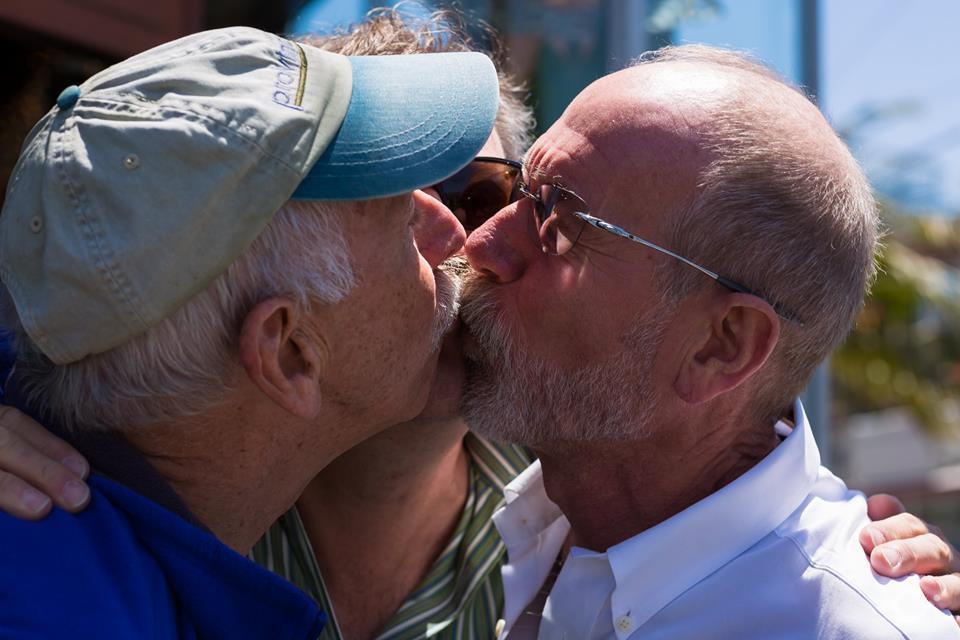 KeepKissing-LGBT-Couples-by-Curt-Janka9.jpg