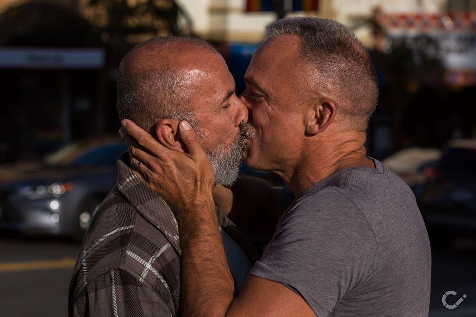 KeepKissing-LGBT-Couples-by-Curt-Janka10.jpg